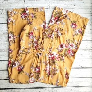 NWT XHILARATION Floral Cropped Jumpsuit Romper L